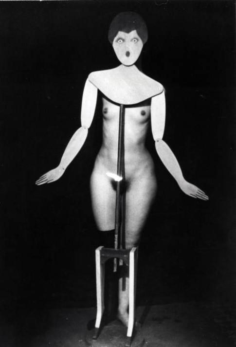 Man Ray, Porte mainteau, 1920